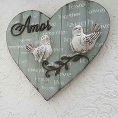 Wood Pallet Art, Wood Pallets, Valentine Crafts, Valentines, Diy And Crafts, Arts And Crafts, Vintage Porch, Arte Country, Wooden Cutouts