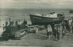 Scheveningen - Scheveningse reddingbootinzet tijdens de Watersnoodramp in 1953