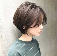 Latest Short Bob Haircuts for Women Latest Short Bob Haircuts for Women. Short bob haircuts are everlasting looks that everyone can wear based on the chop. With many fresh and modern takes Bob Haircuts For Women, Short Bob Haircuts, Short Hairstyles For Women, Asian Haircut Short, Korean Short Hair Bob, Korean Short Hairstyle, Choppy Bob Hairstyles, Straight Hairstyles, Bobs For Thin Hair