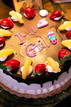 10 Unfortunate Cakes - Oddee.com (funny cakes)