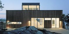Byggnor Ferdighus, prefabricated house kit Pin by Aurélie Salvaing Prefabricated Houses, Prefab Homes, I Love House, House In The Woods, Space Architecture, Contemporary Architecture, Modern Garden Design, Modern Coastal, Kit Homes