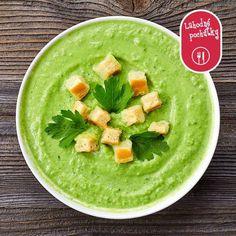 Pozdvihnite si náladu počas týchto pochmúrnych dní. Napríklad s krémovou hráškovou polievkou. Recept nájdete na: http://bit.ly/kremova-hraskova-polievka