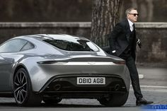 Rome Filming - Daniel Craig was behind the wheel of the new Aston Martin on the streets of Rome on Saturday :: Spectre AKA James Bond 24 :: :: The Home Of James Bond 007 - ♔ Style 2 Aston Martin Db10, Carros Aston Martin, New Aston Martin, Aston Martin Cars, Luxury Sports Cars, Sport Cars, Luxury Auto, Daniel Craig, Muscle Cars