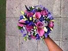 Ramo de novia tono morado - calas y rosas - Purplish bride bouquet - calas and roses