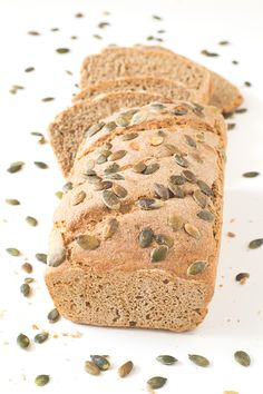 Easy Rye and Spelt Bread. Everybody can make this bread! This recipe only requires a bowl a spoon and a loaf pan. It's much healthier than white bread. Spelt Bread, Vegan Bread, Spelt Flour, Rye Flour, Sourdough Bread, Rye Bread Recipes, Raw Food Recipes, Savoury Recipes, Baking Recipes