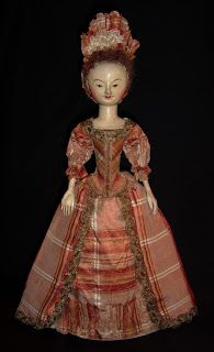 The Old Pretenders, beautiful reproduction 17th and 18th century dolls.