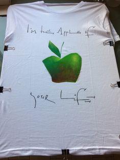 En producción camiseta Vito Thiel...