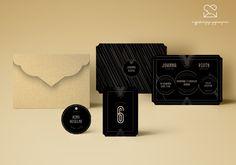Motyw Great Gatsby - papeteria ślubna, zaproszenia ślubne // Great Gatsby wedding stationery theme, elegant palace wedding invitations, gold golden black white color palette, movie, inspirations http://najpiekniejsze-zaproszenia.pl/great-gatsby/