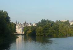 A British fairytale in St James park. The 10th kingdom?..
