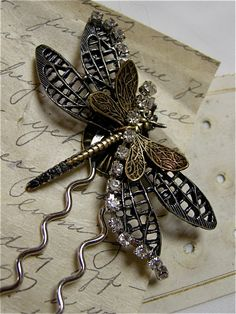 Large+Dragonfly+Hair+Pin+by+FernStreetDesigns+on+Etsy,+$36.00 Sooo Much DETAIL, I absolutely LOVE it!!!