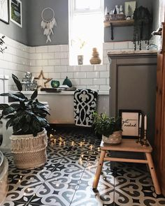 ur street had a Halloween party last night which included trick or treating for the kids, a BBQ and fireworks. We popped down to the Bathroom Sets, Small Bathroom, Master Bathroom, Modern White Bathroom, Bohemian Bathroom, Bathroom Pictures, Bathroom Interior, Bathroom Inspiration, Decoration