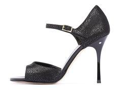 Sandalo DAISY Camoscio lavorato nero. Tango shoes collection Diversamente nero.