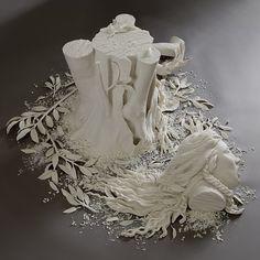 daphne side view by Kate MacDowell Kate Macdowell, 21st Century Artists, Sculpture Art, Sculptures, Chandelier Art, Human Body Parts, White Bodies, Art For Art Sake, Porcelain Ceramics
