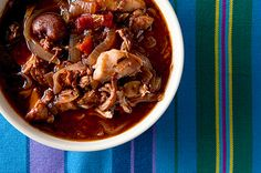 Stifado, Greek Rabbit Stew ~ one of the best ways to cook rabbit, hare or squirrel. Red wine and LOTS of onions are the key! Wild Game Recipes, Fish Recipes, Whole Food Recipes, Cooking Recipes, Rabbit Stew, Rabbit Food, A Food, Good Food, Food Net