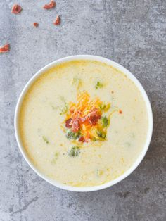 This Keto Broccoli Cheddar Soup is so yummy and filling, you won't even miss the potatoes! It's an excellent low carb option for any Fall meal! Lunch Recipes, Soup Recipes, Diet Recipes, Cooking Recipes, Healthy Recipes, Eat Healthy, Healthy Meals, Healthy Soup, Recipes Dinner