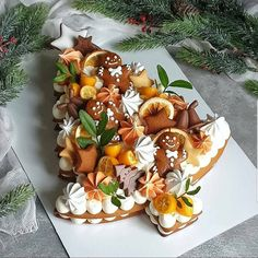 Christmas Tree Cake, Christmas Sweets, Christmas Cooking, Merry Christmas, Sweet Magic, Tree Cakes, Number Cakes, Number Birthday Cakes, Xmas Food