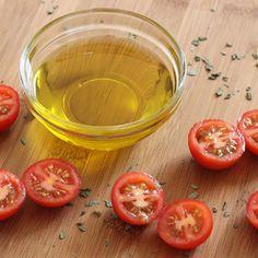 Olive oil....olive squalane and olive emulsifiers.  Super natural ingredient for results!