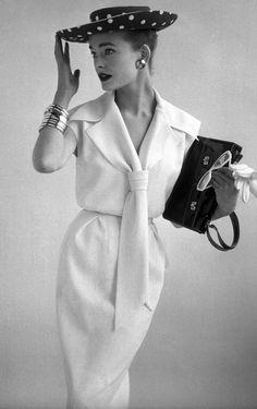 Ciao Bellísima - Vintage Glam; 1954