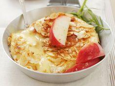 Camembert in Mandelkruste mit Äpfeln | Zeit: 30 Minuten |