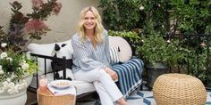 Emily Henderson's Backyard Makeover Is As Stylish As You'd Expect - ELLEDecor.com