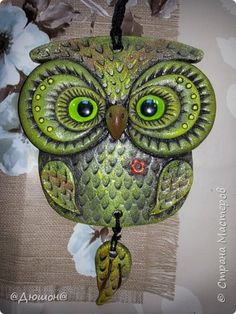 подковки... идеи взяты из инета, к сожалению мастера не знаю. фото 5 Ceramic Wall Art, Ceramic Owl, Ceramic Clay, Clay Art Projects, Polymer Clay Projects, Cold Porcelain Ornaments, Polymer Clay Owl, Clay Animals, Clay Creations