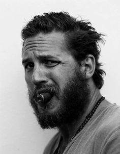 tom hardy... never enough of this man.