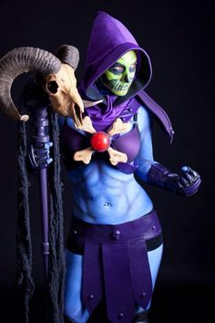 Female Skeletor. View more EPIC cosplay at http://pinterest.com/SuburbanFandom/cosplay/