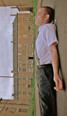 Ewan McGregor as Renton in Trainspotting Renton Trainspotting, Camera Shots And Angles, Cinema Architecture, Nick Drake, Lights Camera Action, Back To Reality, Ewan Mcgregor, Cinema Movies, Film Stills