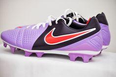 new arrival 9d431 f6973 NEW Nike CTR360 Trequartista III FG Women s Soccer Cleats Purple Hyper Red  8.5  Nike