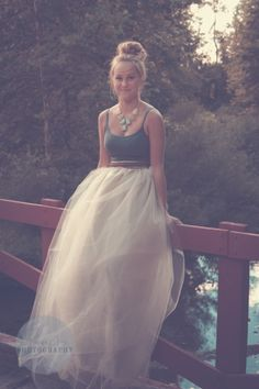 senior picture | erin killion photography - tulle skirt, senior photography, class of, female, senior girl photo, NE Ohio, outside, summer, bridge photography, rustic, glamour,