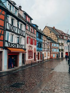 Un week-end à #Colmar en #Alsace. Hotel Restaurant, Blog Voyage, Alsace, Week End, Photographs, Mansions, House Styles, Heart, Dreams