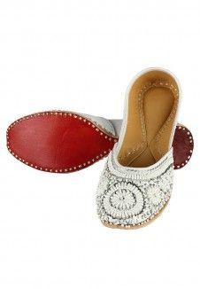 White Foam Leather Mojari