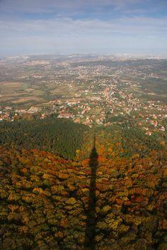 http://www.jsphotomorgana.com/landscapes/240avala_senka_tornja.html