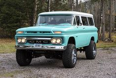 This 1961 GMC Suburban retains the cool look of an old SUV but packs the punch of a modern hot-rod diesel truck.