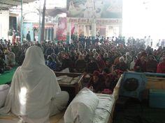 25 dec Pooja Bahan ke Sannidhya me Satsang, evam tulsi poojan Karolbagh Ashram me