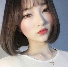 Asian Women Wonderful Bob Hair Models - New Site Ulzzang Short Hair, Korean Short Hair, Ulzzang Korean Girl, Korean Beauty, Asian Beauty, Girl Short Hair, Beautiful Asian Girls, Pretty Face, Cute Hairstyles