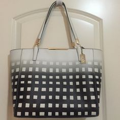 Coach Tote Gorgeous and chic painted grid patterned Coach tote with gold accents. Worn a few times and in great condition! Feel free to make offers! (: Coach Bags Totes