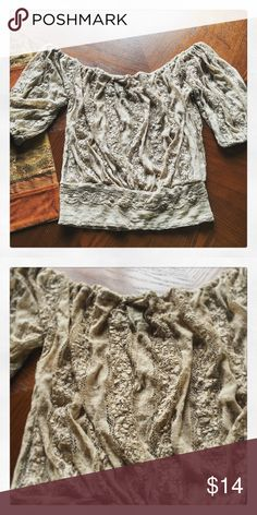 Rue 21 Top Adorable Rue 21 lacey top! Size M Rue 21 Tops