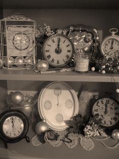 Time to ring in the New Year ~ clocks