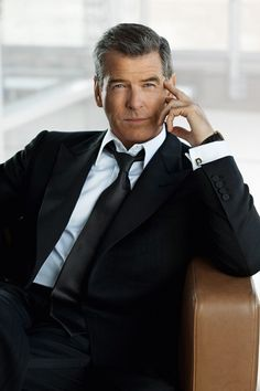 Pierce Brosnan, style of a Gentleman Business Portrait, Corporate Portrait, Corporate Headshots, Business Headshots, Gentleman Mode, Gentleman Style, Hollywood Stars, Old Hollywood, Hollywood Actor