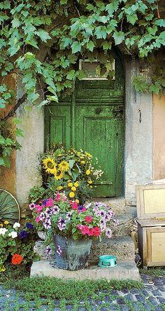 abriendo-puertas: Rothenburg, the doors Bavaria. Cool Doors, Unique Doors, When One Door Closes, Closed Doors, Door Knockers, Doorway, Windows And Doors, Front Doors, The Doors