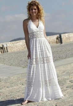 White boho or chic clothing for the queen of summer beach. White Maxi Dresses, Casual Dresses, White Dress, Summer Dresses, Boho Dress, Dress Skirt, Boho Fashion, Fashion Dresses, Modelos Fashion
