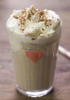 Delicioso Frappuccino de canela bem cremoso com gostinho de café.