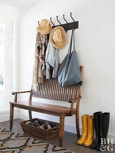 This entryway coat rack is mounted above a bench creating the perfect spot for r. - Home decor and design - This entryway coat rack is mounted above a bench creating the perfect spot for removing coats hats - Arranging Bedroom Furniture, Family Room Furniture, Living Room Furniture Arrangement, Entryway Furniture, 2x4 Furniture, Arrange Furniture, Furniture Logo, Bathroom Furniture, Entryway Decor