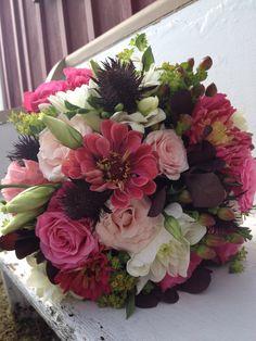 Summer wedding bridal bouquet.  Www.gildedivy.com