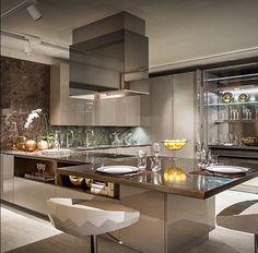 Cozinha luxuosa em laca