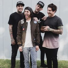 Alright mike and vic are acting all cute and silly, tony's a fucking model, and jamie is just looking at vic all lovingly and shit aw i love these people.