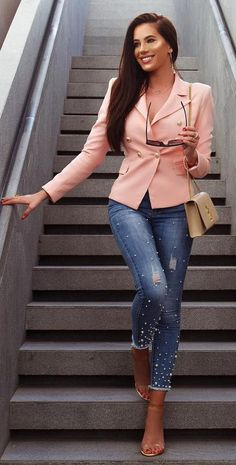 trendy outfit / black top jacket whte slip on skinny jeans Summer Work Outfits, Spring Outfits, Casual Outfits, Cute Outfits, Fashion Outfits, Fashion Clothes, Style Outfits, Modest Fashion, Workwear Brands