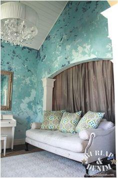 Sherwin Williams Faux Metalic for Creek's top  half of bedroom