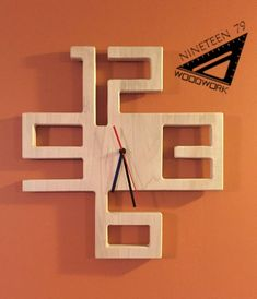 Beautiful local maple, this clock has a sleek, modern design perfect for any room. Finished clear and measures about Wall Clock Design, Wood Clocks, Diy Home Decor On A Budget, Wood Design, Modern Design, Wood Toys, Diy Wood Projects, Into The Woods, Diy Furniture